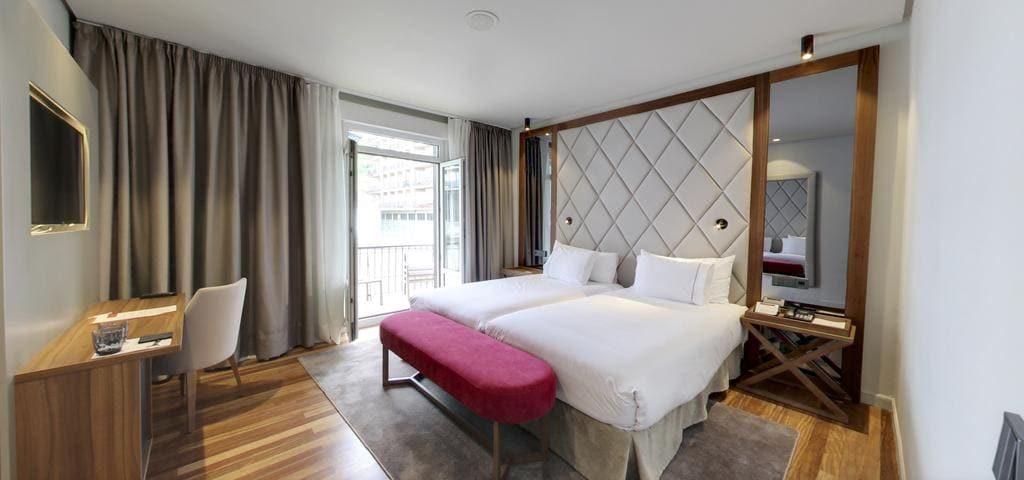 Hotel Silken Palacio Uribarren