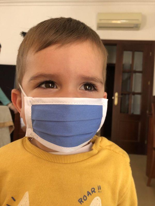 Supratex dona mascarillas infantiles para todos los niños del municipio de Dos Torres, Córdoba